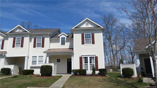 8215 Carob Tree Lane, Charlotte, NC 28215 (#3396452) :: The Temple Team