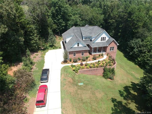 6131 Willow Farm Drive, Denver, NC 28037 (#3396492) :: Rowena Patton's All-Star Powerhouse powered by eXp Realty LLC