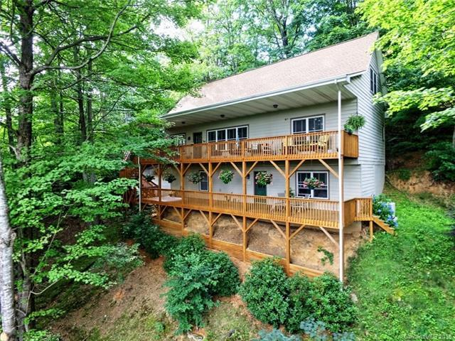 198 Running Deer Trail, Waynesville, NC 28786 (#3396547) :: Rowena Patton's All-Star Powerhouse powered by eXp Realty LLC
