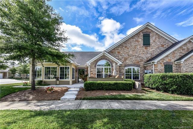 4711 Boomerang Way, Charlotte, NC 28269 (#3397332) :: High Performance Real Estate Advisors