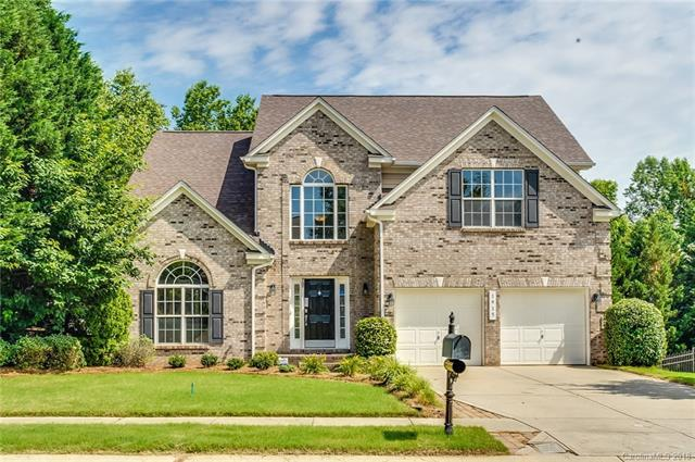 1915 Mountain Trail Drive, Charlotte, NC 28214 (#3397561) :: Odell Realty Group