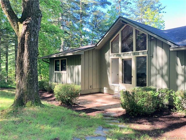 154 Shore Drive, Lake Toxaway, NC 28747 (#3397697) :: Bluaxis Realty
