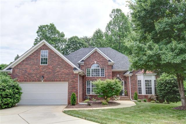 8106 Lockman Lane, Charlotte, NC 28269 (#3397752) :: Exit Mountain Realty