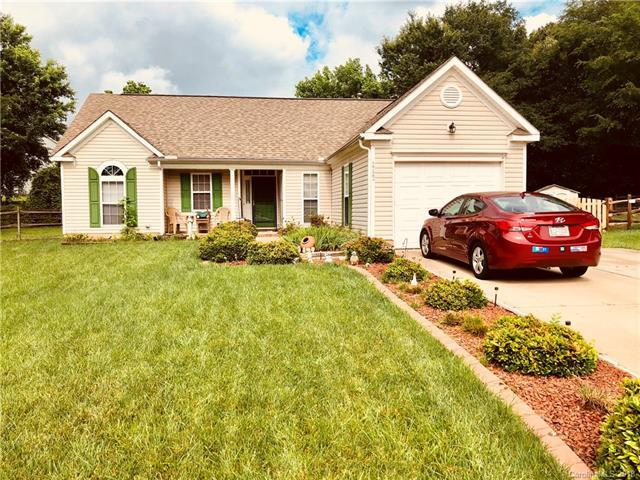 1723 Silverberry Court, Charlotte, NC 28214 (#3397897) :: Stephen Cooley Real Estate Group