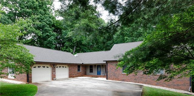 3774 Ridge Drive NE, Conover, NC 28613 (#3398137) :: High Performance Real Estate Advisors