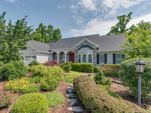 2318 Pommel Road, Hendersonville, NC 28791 (#3398326) :: Odell Realty Group