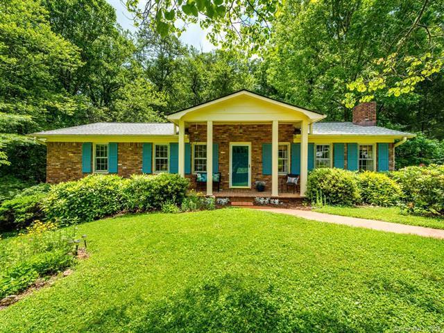 151 Arthur Lane, Hendersonville, NC 28791 (#3398427) :: High Performance Real Estate Advisors