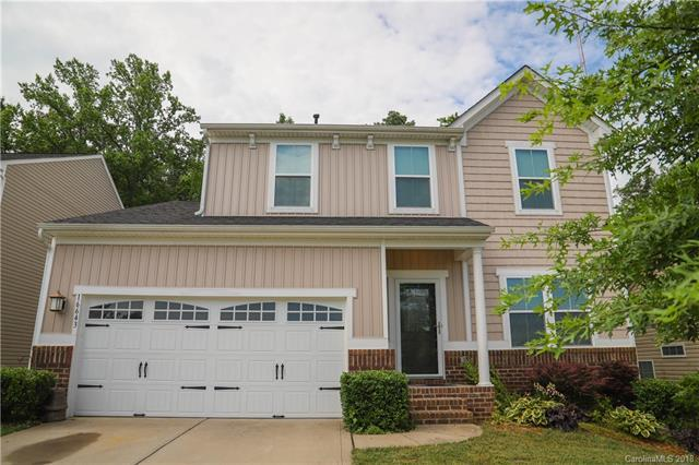 16643 Crimson Sargent Drive, Charlotte, NC 28213 (#3398461) :: Rowena Patton's All-Star Powerhouse powered by eXp Realty LLC