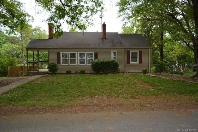 1801 Beckwith Place, Charlotte, NC 28205 (#3398475) :: Homes Charlotte
