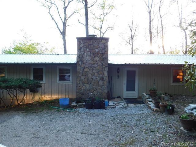 71 W Dogwood Lane, Lake Toxaway, NC 28747 (#3398670) :: Puffer Properties