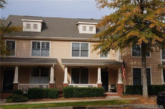 1048 Market Street, Fort Mill, SC 29708 (#3398685) :: Odell Realty Group