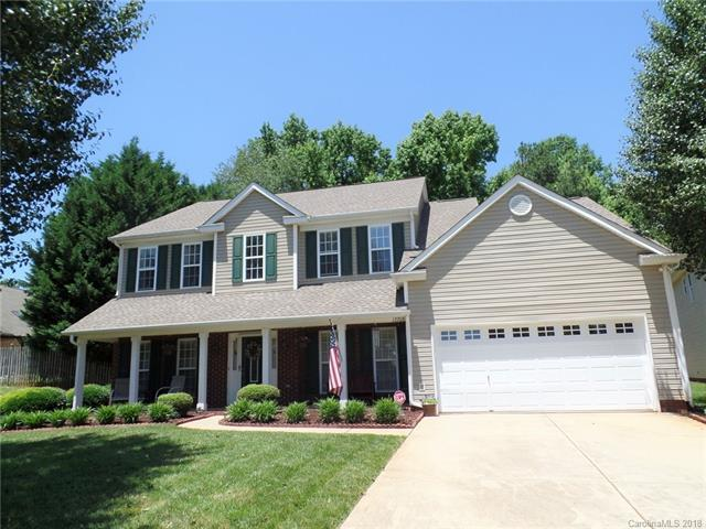 12709 Mcginnis Woods Drive, Huntersville, NC 28078 (#3398940) :: TeamHeidi®