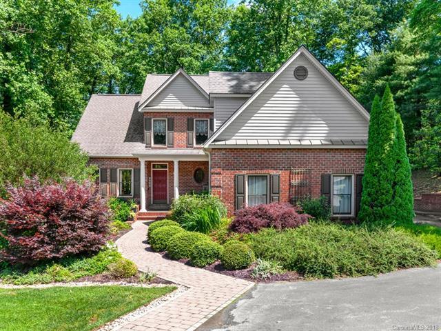 1049 Scheppegrell Drive, Hendersonville, NC 28791 (#3399127) :: Rinehart Realty