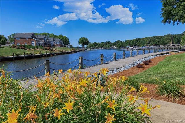 18635 Harborside Drive, Cornelius, NC 28031 (#3399159) :: High Performance Real Estate Advisors