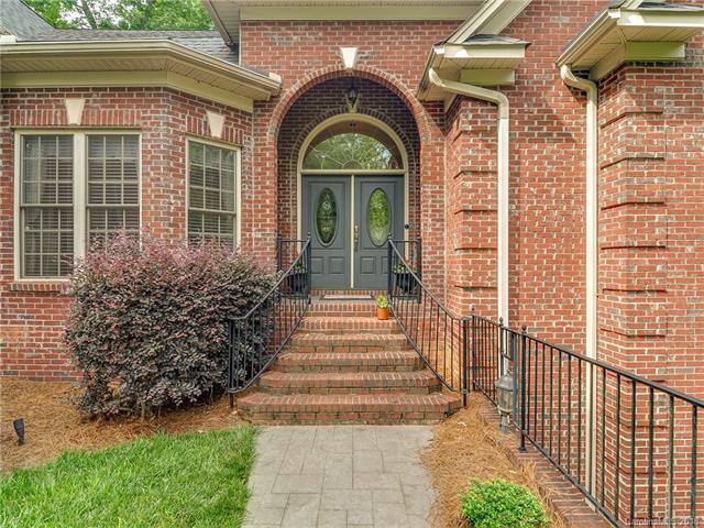 3010 Dodsworth Drive, Cramerton, NC 28032 (#3399173) :: High Performance Real Estate Advisors