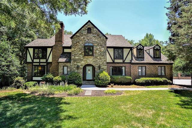 5257 Summer Gate Drive, Charlotte, NC 28226 (#3399292) :: Odell Realty Group