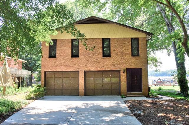 20906 Rio Oro Drive, Cornelius, NC 28031 (#3399634) :: Besecker Homes Team