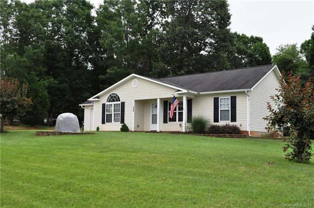 124 Panther Creek Road, Troutman, NC 28166 (#3399645) :: Besecker Homes Team