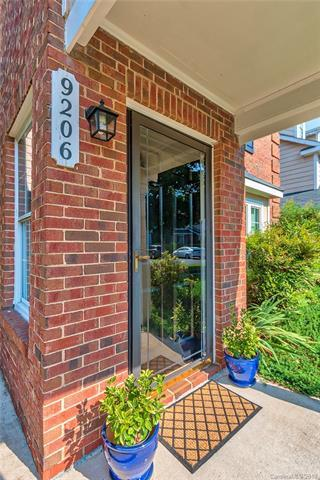 9206 Kings Canyon Drive, Charlotte, NC 28210 (#3399748) :: High Performance Real Estate Advisors