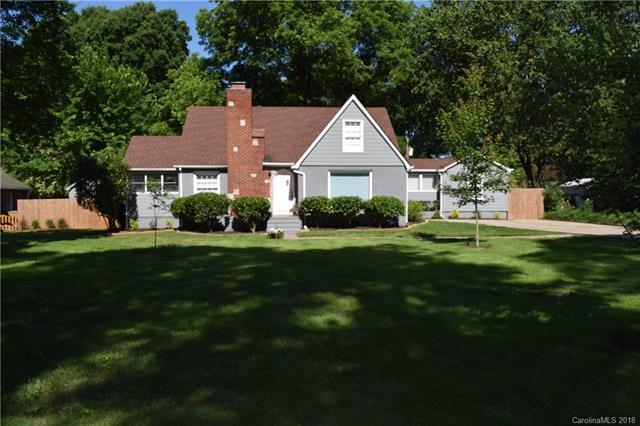 2942 Temple Lane, Charlotte, NC 28205 (#3399965) :: SearchCharlotte.com