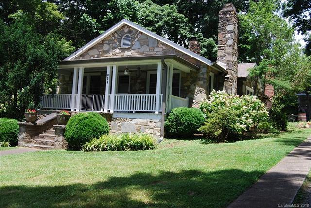 702 9th Street, Black Mountain, NC 28711 (#3399981) :: RE/MAX Four Seasons Realty