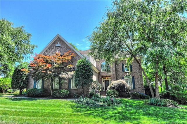 3220 Twelve Oaks Place, Charlotte, NC 28270 (#3400072) :: Odell Realty Group