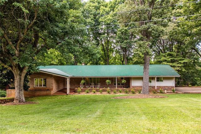 465 28th Ave Lane NE, Hickory, NC 28601 (#3400235) :: Stephen Cooley Real Estate Group