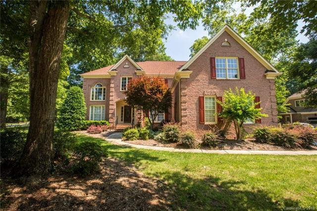 12690 Overlook Mountain Drive, Charlotte, NC 28216 (#3400248) :: The Ann Rudd Group