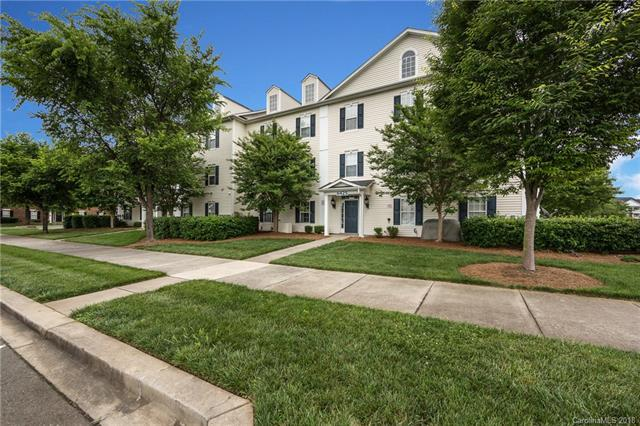 6423 Town Hall Place, Harrisburg, NC 28075 (#3400746) :: High Performance Real Estate Advisors