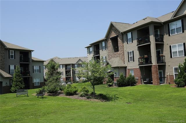 181 Brickton Village Circle #206, Fletcher, NC 28732 (#3400762) :: Puffer Properties