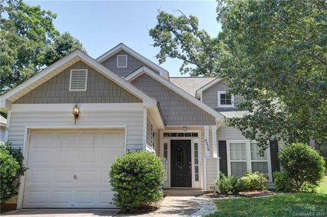 4230 Brandie Glen Road, Charlotte, NC 28269 (#3400895) :: The Ramsey Group