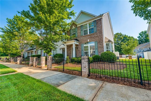 4865 Prosperity Ridge Road, Charlotte, NC 28269 (#3401019) :: Miller Realty Group