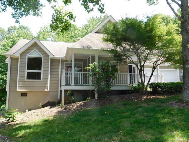 202 Black Oak Lane, Hendersonville, NC 28791 (#3401101) :: Odell Realty Group