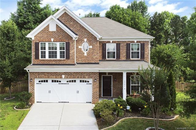 9901 Barrands Lane, Charlotte, NC 28278 (#3401213) :: Odell Realty Group