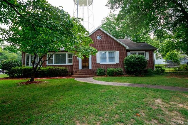 303 Grove Street, Lincolnton, NC 28092 (#3401384) :: Odell Realty Group