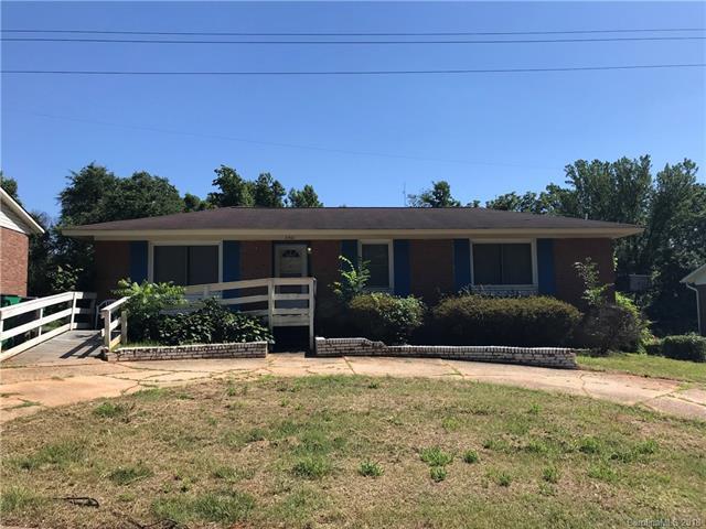2901 Remington Street, Charlotte, NC 28216 (#3401609) :: Stephen Cooley Real Estate Group