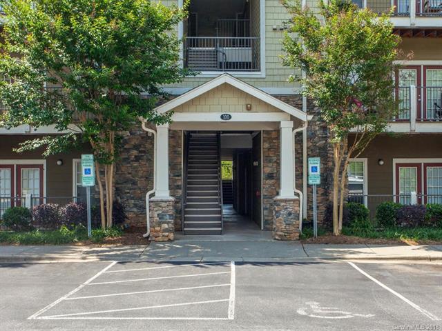 100 Vista Lake Drive #206, Candler, NC 28715 (#3401658) :: High Performance Real Estate Advisors