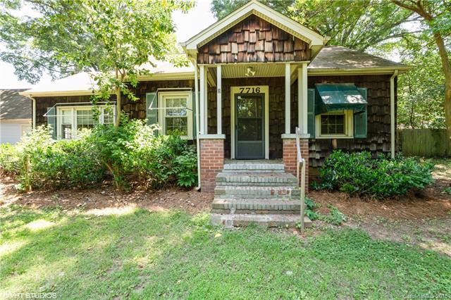 7716 Beatties Ford Road, Charlotte, NC 28216 (#3401866) :: Stephen Cooley Real Estate Group