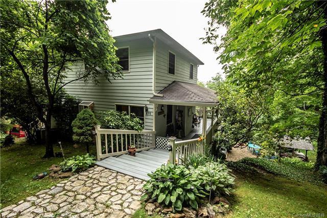 676 Countryside Drive, Waynesville, NC 28785 (#3401908) :: Puffer Properties
