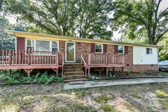 19308 Smithville Lane, Cornelius, NC 28031 (#3402137) :: TeamHeidi®
