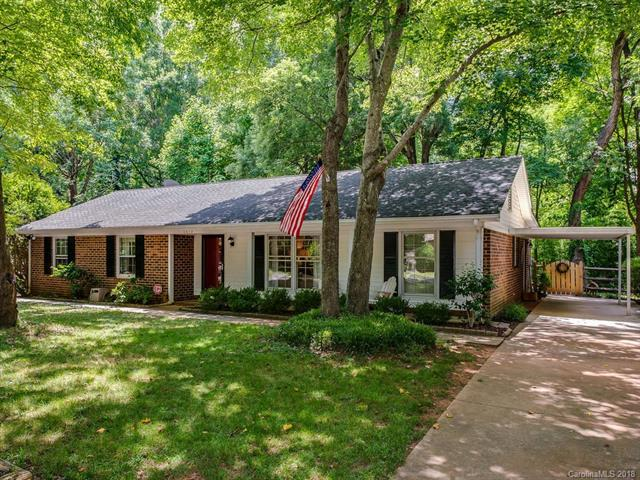 6814 Valley Haven Drive, Charlotte, NC 28211 (#3402250) :: Odell Realty Group