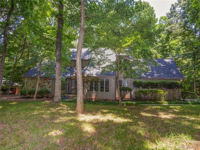 4737 Wyndfield Lane, Charlotte, NC 28270 (#3402271) :: Stephen Cooley Real Estate Group