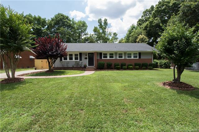 2339 Birchcrest Drive #3, Charlotte, NC 28205 (#3402356) :: Stephen Cooley Real Estate Group