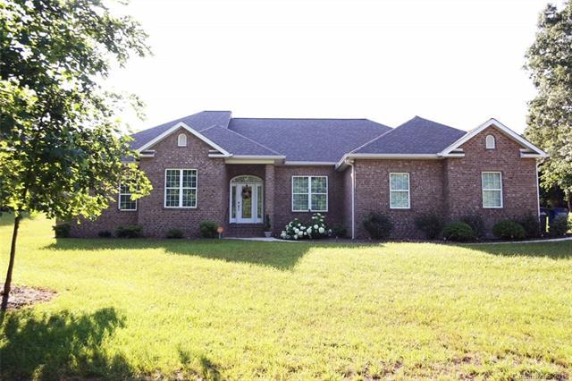 2427 Falcon Lane, Statesville, NC 28625 (#3402361) :: The Andy Bovender Team