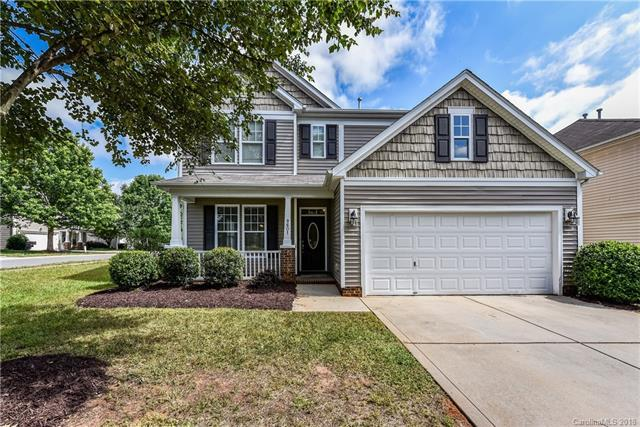 9601 Waltham Court, Charlotte, NC 28269 (#3402612) :: The Ramsey Group