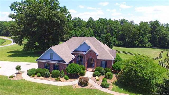 298 Green Fields Lane, Columbus, NC 28722 (#3402815) :: Exit Mountain Realty