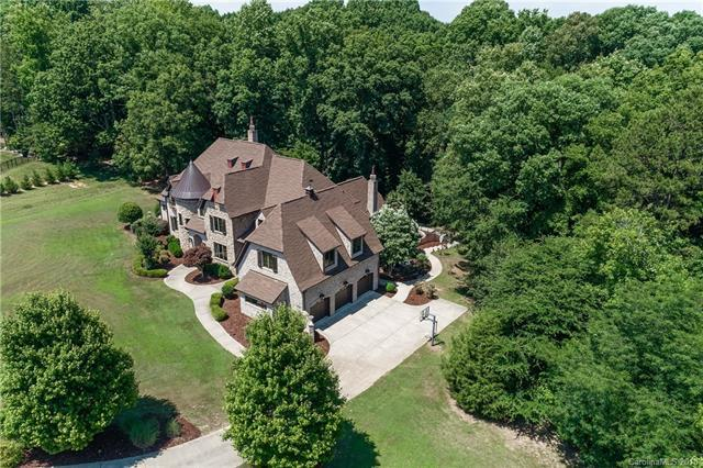 2010 Belle Forest Court, Waxhaw, NC 28173 (#3402956) :: Exit Mountain Realty