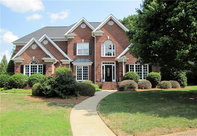 18628 Square Sail Road, Cornelius, NC 28031 (#3403008) :: The Temple Team