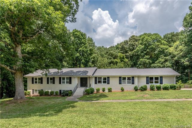 4929 Spicewood Drive, Charlotte, NC 28227 (#3403010) :: Exit Mountain Realty