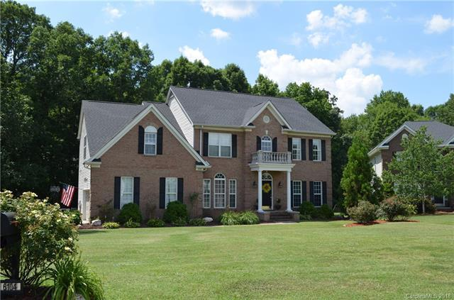6104 Lost Gate Lane, Waxhaw, NC 28173 (#3403067) :: Odell Realty Group